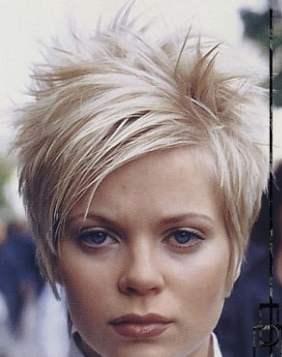 средняя химическая завивка на средние волосы фото